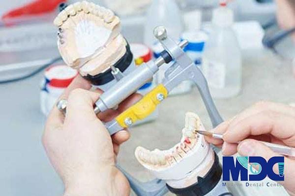 لابراتوار تخصصی پروتز دندانی کلینیک مدرن