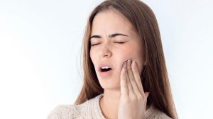 علت درد ایمپلنت دندان