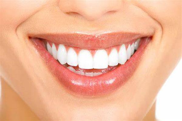 دندان کامپوزیت شده