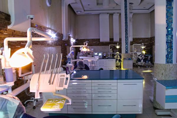 دیزاین و طراحی کلینیک دندانپزشکی مدرن