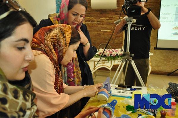 آموزش قالبگیری پروتز ایمپلنت به دانشجویان باکو