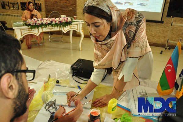 دکتر حمیده حمیدی کارشناس پروتز