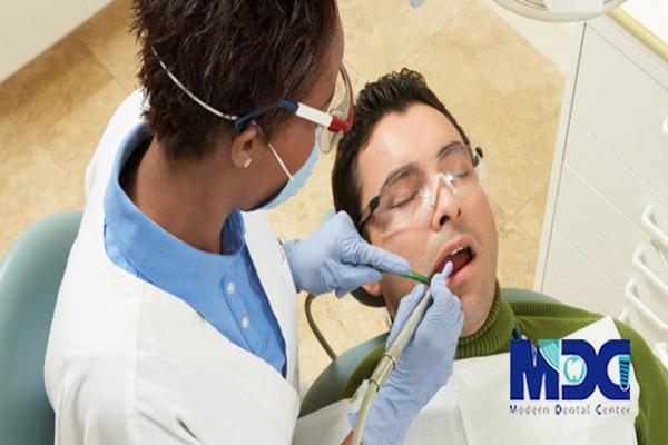 ایمپلنت-دندان-کلینیک-دندانپزشکی-مدرن