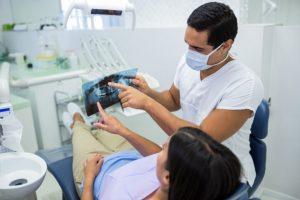 چکاپ دندان پزشکی اولیه ، ویزیت و چالش های آن | دکتر حامی
