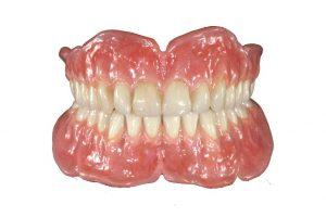 طرح دندان مصنوعی