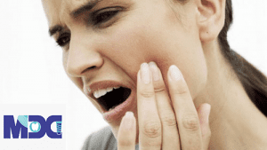 درد ایمپلنت دندان نگران کننده است؟